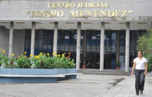 San Salvador, 26 de Mayo de 2010 Fachada de uno de los edificios del